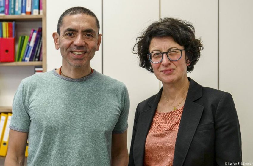Οι επιστήμονες της BioNTech μιλούν για την ανακάλυψη του πρώτου εμβόλιου mRNA κατά του κοροναϊού – Τι λένε για τη θεραπεία του καρκίνου (vid)