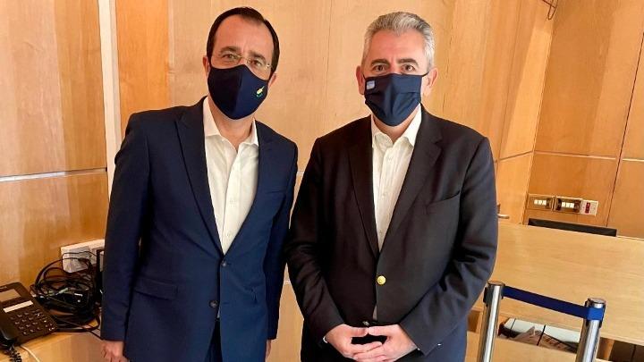 Χαρακόπουλος με ΥΠΕΞ Κύπρου: Η συμφωνία Μητσοτάκη – Μακρόν προάγγελος κοινής ευρωπαϊκής πολιτικής άμυνας