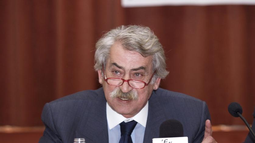Απεβίωσε ο Νίκος Αναστασόπουλος