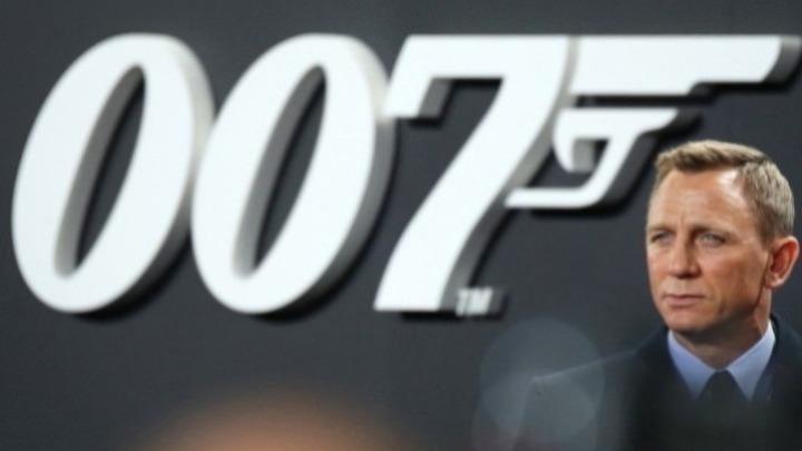 Ο Ντάνιελ Κρεγκ αποκτά αστέρι στη Λεωφόρο της Δόξας στο Χόλιγουντ
