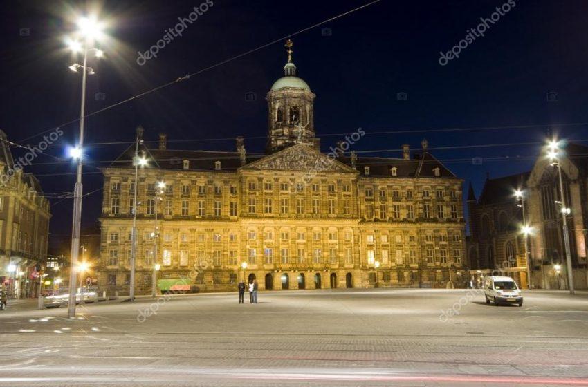 Ολλανδία: Η διάδοχος του θρόνου δε θα χάσει βασιλικά δικαιώματα αν παντρευτεί γυναίκα