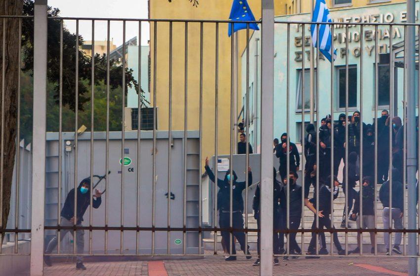 Σοβαρές καταγγελίες εκπαιδευτικών: Ακροδεξιοί εγγράφονται ως μαθητές στα ΕΠΑΛ Σταυρούπολης και Ευόσμου