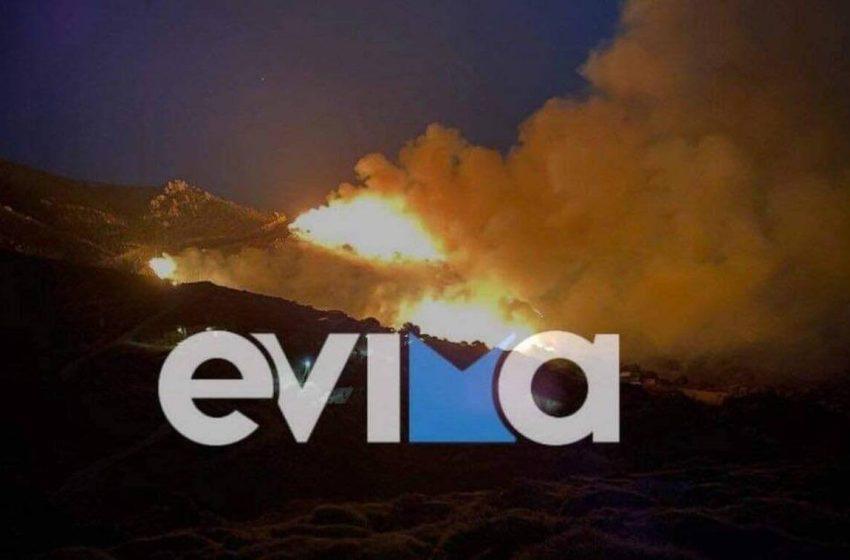Φωτιά στο Μαρμάρι Ευβοίας -Καίει κοντά σε σπίτια