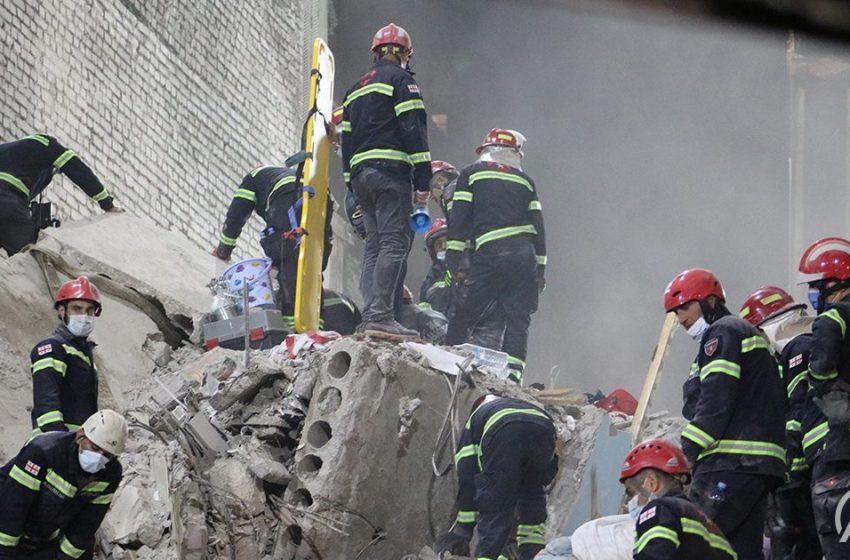 Γεωργία: Τουλάχιστον πέντε νεκροί από την κατάρρευση κτηρίου – Τρεις συλλήψεις