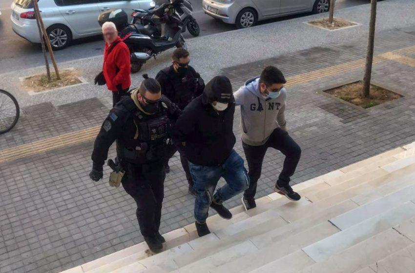 Ελεύθερος ο 30χρονος που συνελήφθη για την επίθεση στην Ηλιούπολη – Στις 19/10 η δίκη