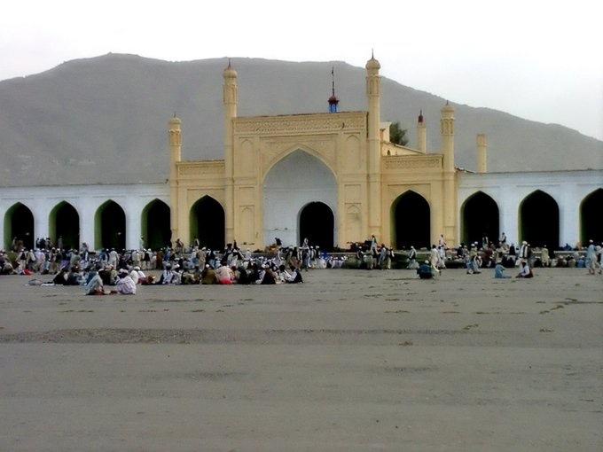 Έκρηξη σε τέμενος στην Καμπούλ