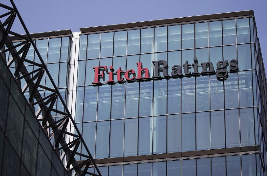 Fitch: Η ευχάριστη είδηση στην έκθεση του Οίκου αξιολόγησης πέραν της πρόβλεψης για ανάπτυξη 6%