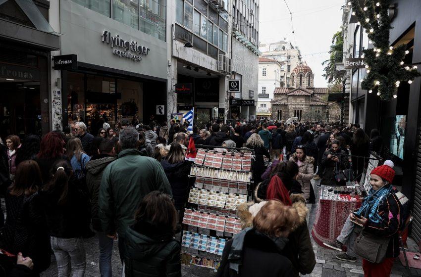 Χαλβατσιώτης στο libre: Πώς θα κινηθεί η πανδημία τους επόμενους δύο μήνες