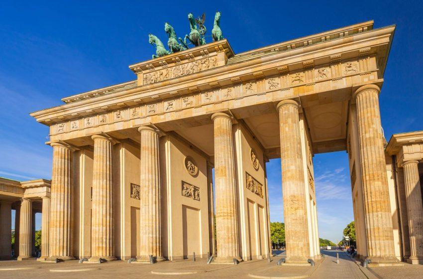 """Εκλογές στη Γερμανία: Πιθανό το ενδεχόμενο συνασπισμού """"Τζαμάικα"""""""