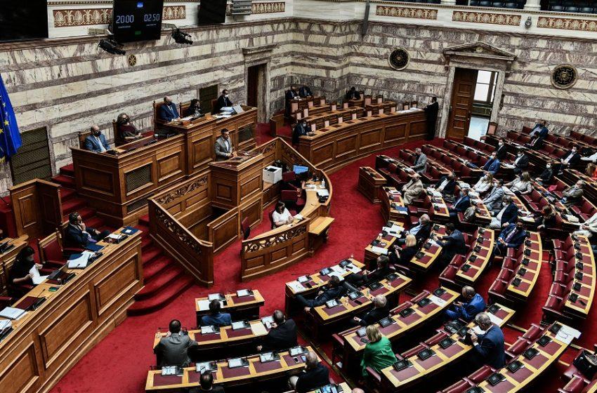 Η εξεταστική κλείνει το αντι-ΣΥΡΙΖΑ μέτωπο; – Συσπείρωση της αντιπολίτευσης, αμηχανία με ρελάνς της κυβέρνησης