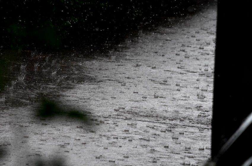 Κακοκαιρία: Πρώτο σοβαρό κύμα φθινοπώρου με πολλές βροχές (vid)